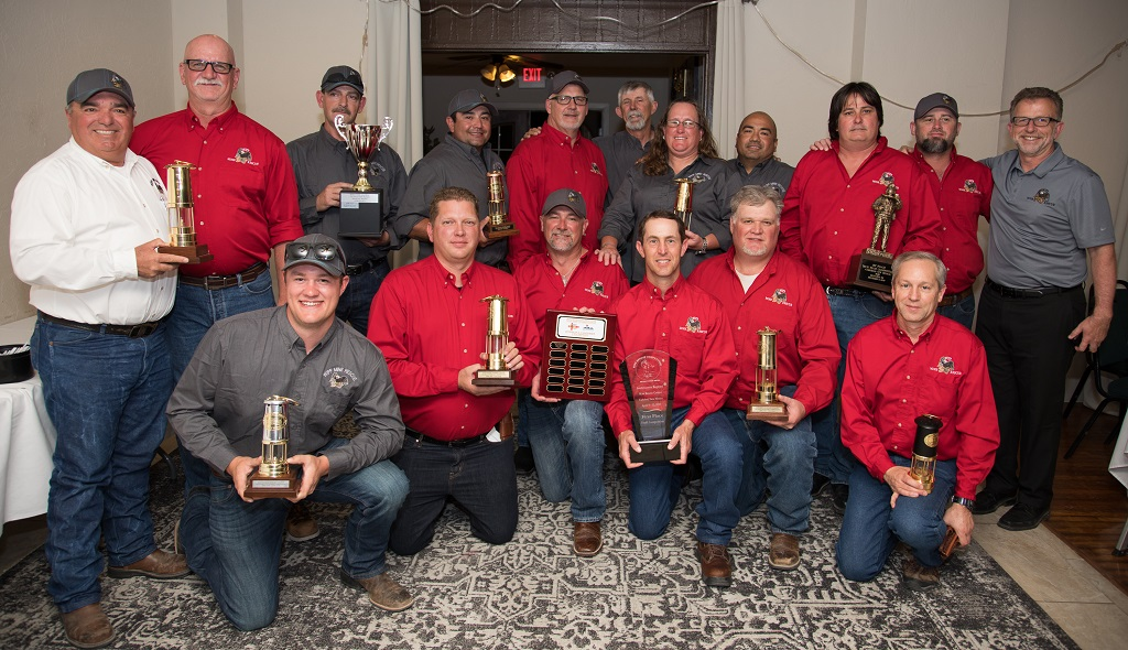 photo of WIPP's mine rescue teams holding their awards from the Southwest Regional Mine Rescue competition